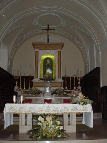 4-cercemaggiore-santuario s maria della libera altare_hid